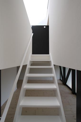 18中2階階段2.jpg